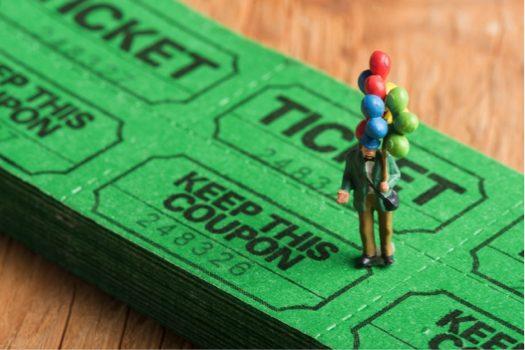 ライブのチケットは本人確認が必要?譲る場合はどうすればいい?