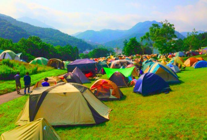 フジロックで初めてのキャンプ!必要な持ち物・お風呂事情・場所取りのコツについて